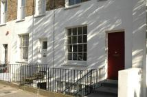 Flat to rent in St Peter's Street, Angel...