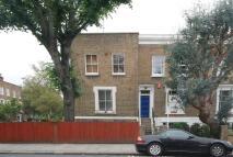1 bedroom Flat in Culford Road...