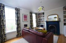 Flat to rent in Wharfdale Road...