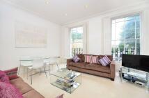 2 bedroom Flat to rent in Compton Road, Canonbury...