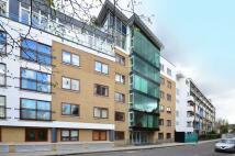 Flat to rent in Graham Street, Angel, N1