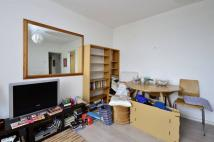 1 bedroom Flat in Palgrave House...