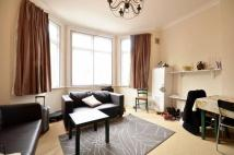 Flat to rent in Finchley Road, Hampstead...