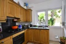 1 bed Flat to rent in Gladys Road...