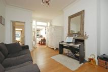 3 bed Flat in Rondu Road, Cricklewood...