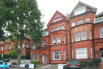 Flat to rent in Frognal, Hampstead, NW3
