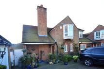 house to rent in Inverforth Close...