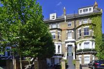 Flat to rent in Steeles Road, Hampstead...