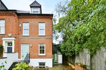 3 bed property in Platts Lane, Hampstead...