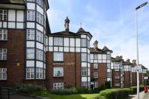 Flat in Vernon Court, Hendon Way...