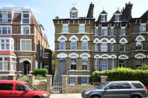 Studio apartment to rent in Fitzjohns Avenue...