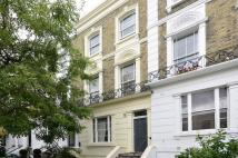 3 bedroom Flat in Belsize Road...