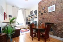 2 bedroom Flat to rent in Englands Lane...
