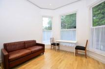 2 bedroom Flat to rent in Fitzjohns Avenue...