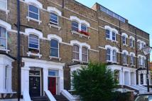 Maisonette to rent in Carlingford Road...