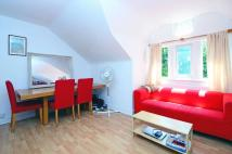 Flat to rent in Fellows Road...