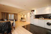 Flat to rent in Mill Lane...