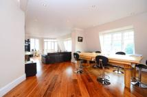 2 bedroom Flat for sale in Fortune Green Road...