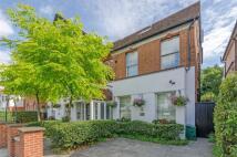 Studio flat in Finchley Road, Hampstead...