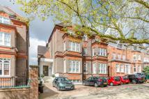 Flat to rent in Fitzjohns Avenue...
