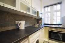 Studio flat in Langford Court...