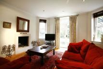 Flat to rent in Ashworth Mansions...