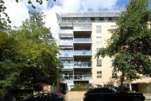 Flat to rent in St Edmunds Terrace...