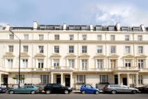 Randolph Avenue Flat for sale