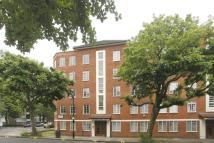 2 bed Flat to rent in Allitsen Road...