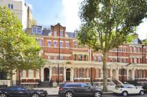 3 bed Flat in Sutherland Avenue...