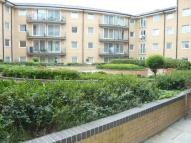 Flat to rent in Berberis House, Feltham