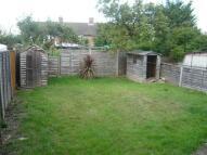 2 bed Maisonette to rent in Hanworth Borders, Feltham