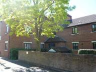 Flat to rent in Tawny Close, Feltham