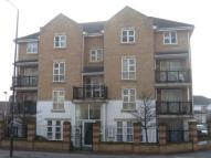 Flat to rent in Highfield Road, Feltham