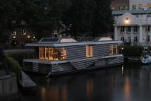 Riverside Quarter House Boat