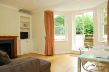 2 bed Flat in Portinscale Road, Putney...
