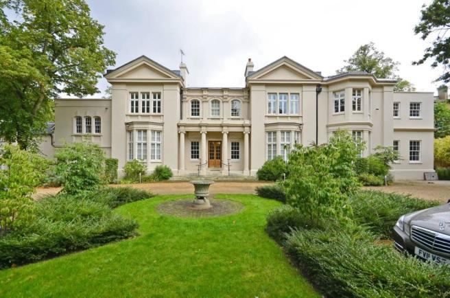 4 Bedroom House To Rent In Fairlawns Wimbledon Park SW19