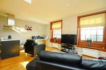 Flat in Scott Avenue, Putney...
