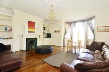Flat to rent in Deodar Road, Putney, SW15