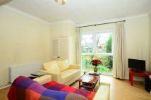 Flat to rent in Oxford Road, Putney, SW15