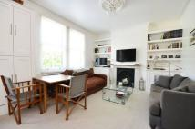2 bed Flat in Santos Road, East Putney...