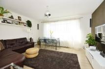 2 bedroom Flat to rent in Inner Park Road...
