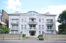 3 bedroom Flat in Carlton Drive, Putney...