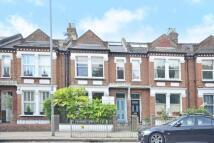 3 bedroom Flat to rent in Putney Bridge Road...