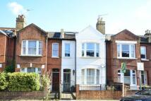 3 bedroom Flat in Fawe Park Road, Putney...