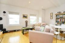 Flat to rent in Wandsworth High Street...