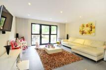4 bedroom property to rent in Scott Avenue, West Hill...