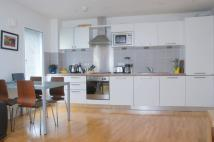 2 bedroom Flat in Upper Richmond Road...