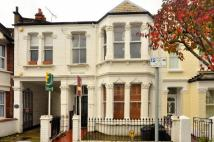 2 bed Flat to rent in Danemere Street...