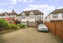 house for sale in Roehampton Vale...